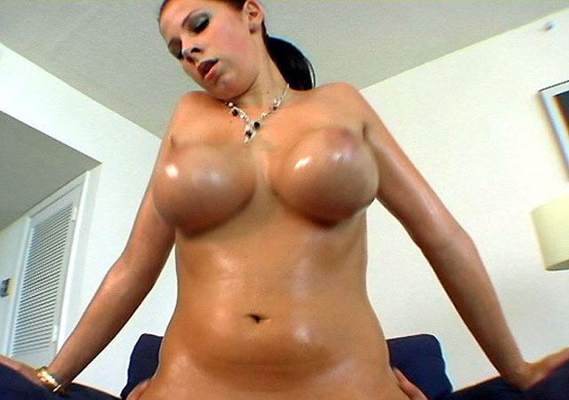 gianna big tits round asses