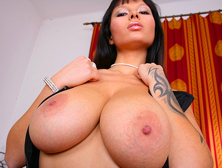 Hot Sex Goddess! Big Tits, Round Asses