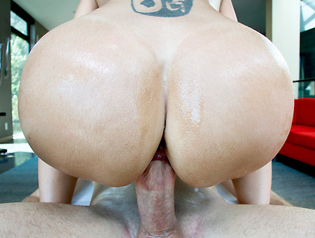 Ava Makes Them Bounce! Big Tits, Round Asses