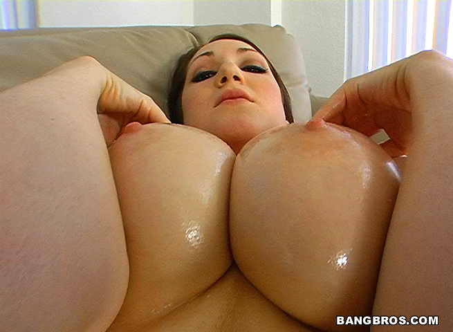 Jessica sweet and big tit round ass